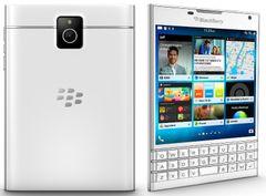 BlackBerry Passport bílý